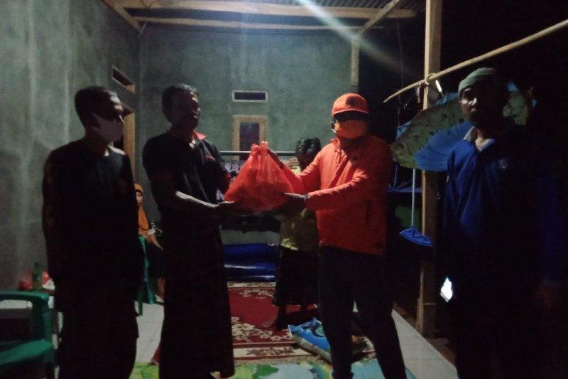 Korban banjir di Pandeglang dipasok bantuan BPBD Banten