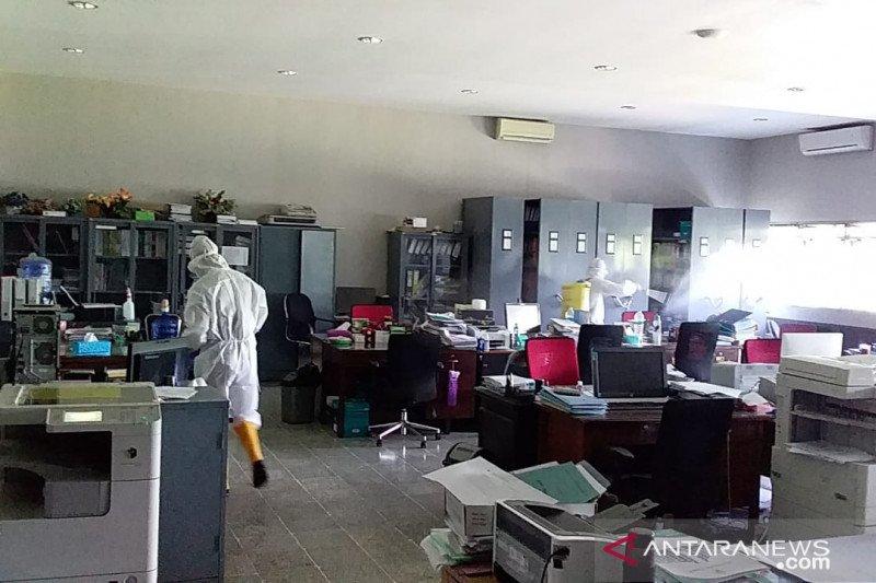 Sterilisasi Kampus Universitas Jember diperpanjang selama sepekan