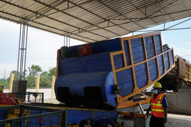 Wagub Jatim apresiasi pembangunan TPST Samtaku Lamongan