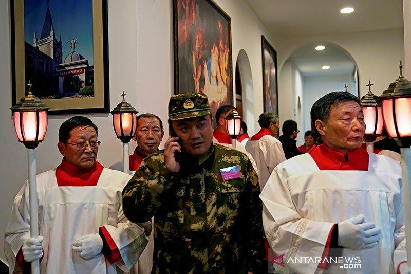 Uskup Qingdao baru ditahbiskan setelah ada kesepakatan China-Vatikan