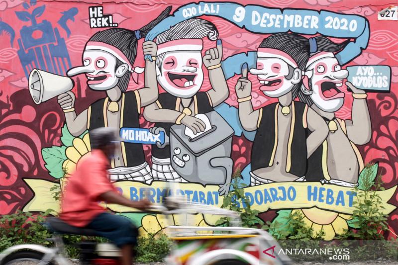 Mural bertema Pilkada serentak 2020