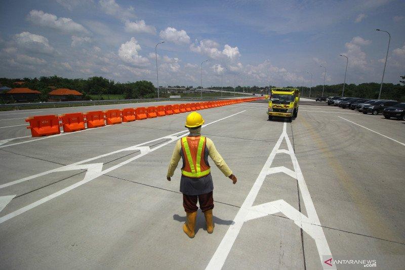Jalan tol Krian-Manyar segera dibuka