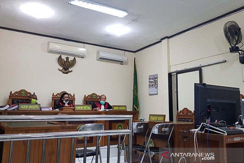 Delapan anggota kelompok intoleran pelaku kekerasan di Solo diadili