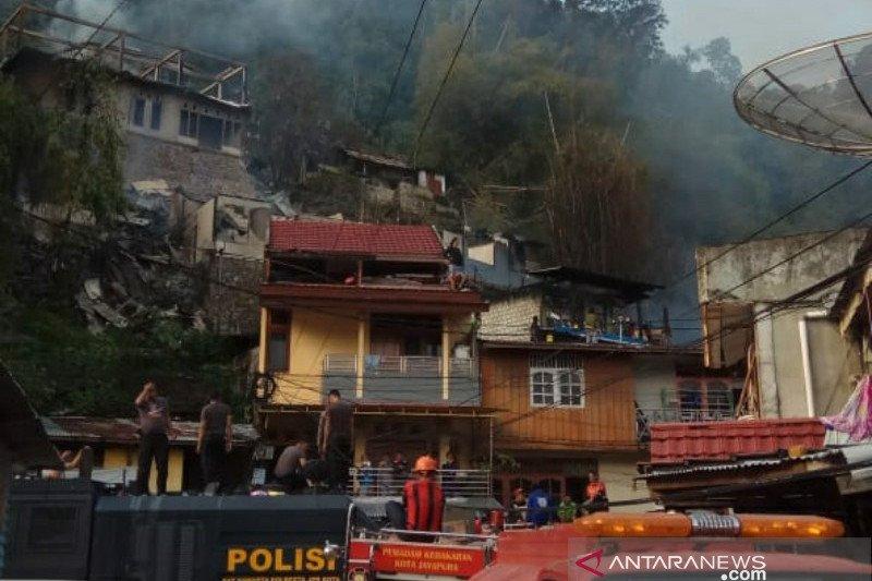 Wilayah APO Jayapura terbakar, PLN lakukan pemadaman darurat