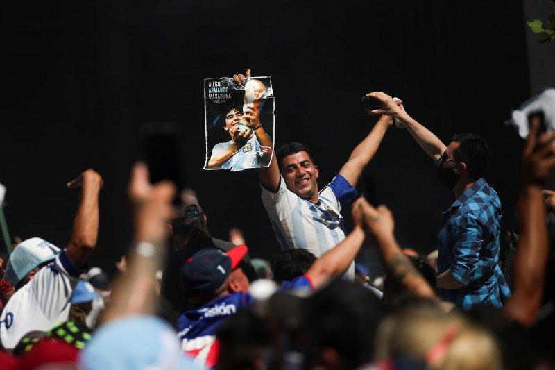 Ribuan antar Maradona, potret kesetiaan Amerika Latin pada olahraga