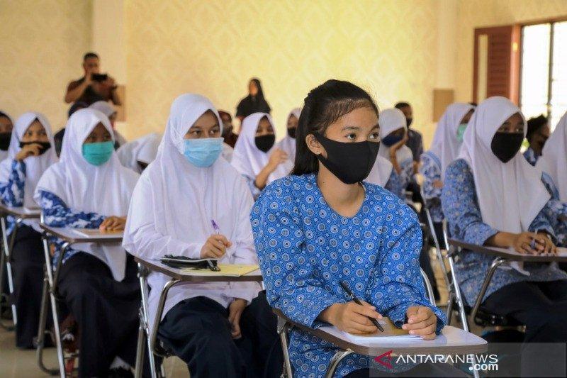 ANTARA latih pelajar SMP di Aceh Barat kenali hoaks dan jurnalistik