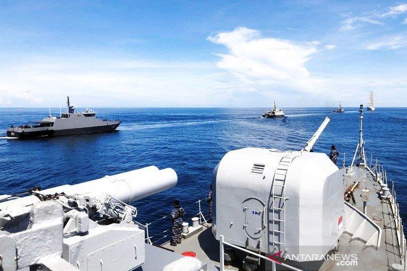 Enam kapal perang Indonesia jalani latihan manuver laut di Sulawesi