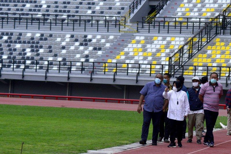Renovasi luar stadion GBT Surabaya dikebut