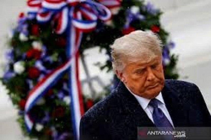Trump teken anggaran negara, pandemi demi cegah