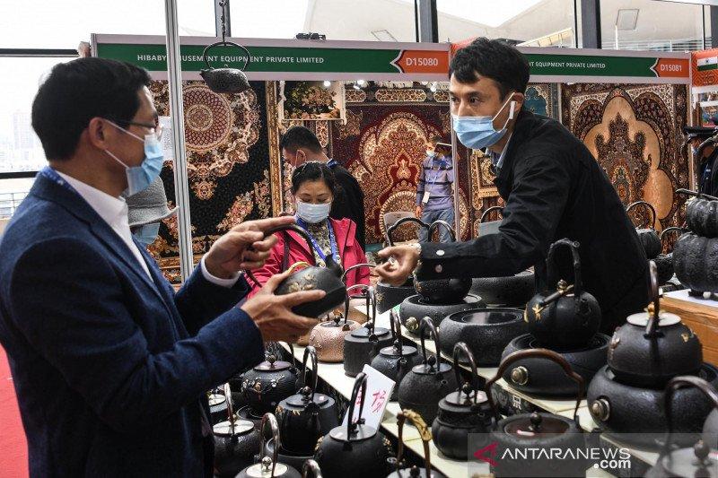 """Ekshibisi """"Sabuk dan Jalur Sutra"""" di China-ASEAN Expo"""
