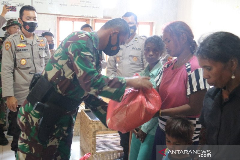 "TNI-Polri lakukan ""trauma haeling' korban kekerasan di Sigi"