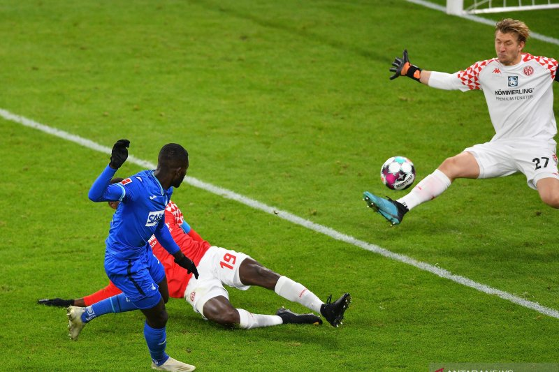Hoffenheim bangkit dari ketertinggalan untuk tahan imbang Mainz 1-1