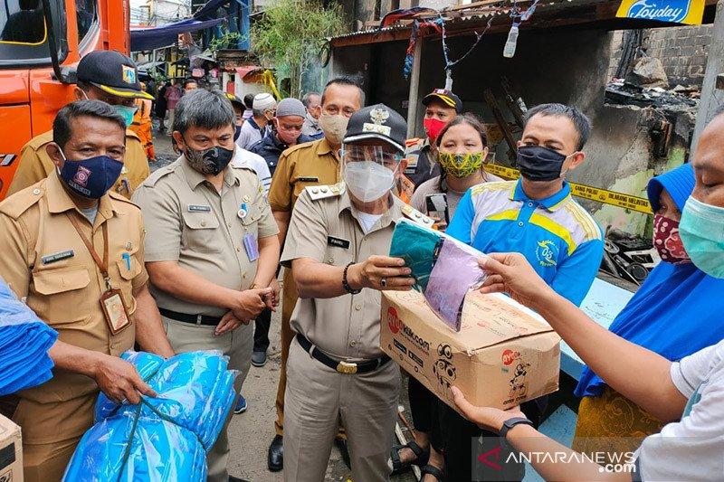 Wali Kota Jakpus minta korban kebakaran di Petamburan jaga prokes