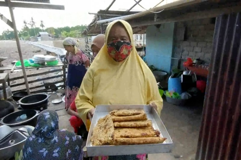 Mencicipi olahan Kasbi khas timur Indonesia