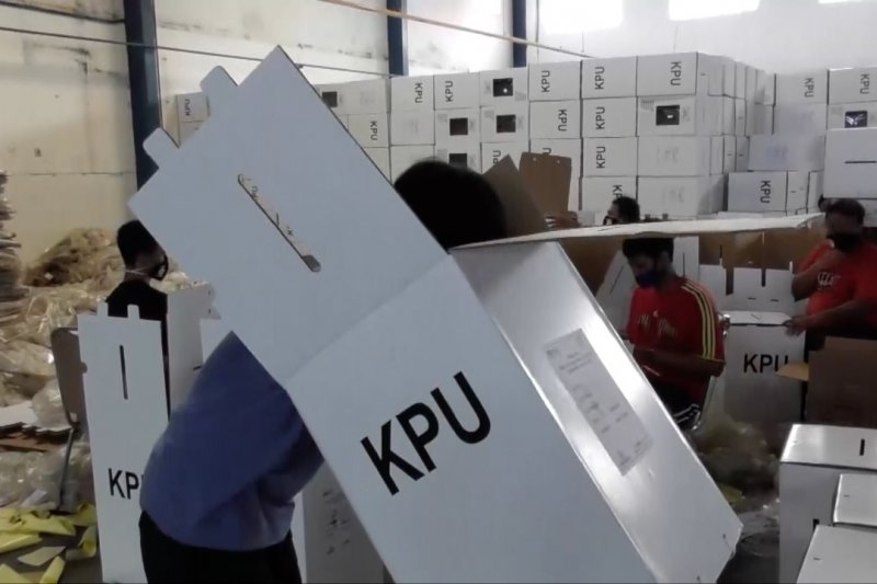 KPU segera ganti petugas KPPS yang tolak tes cepat COVID-19