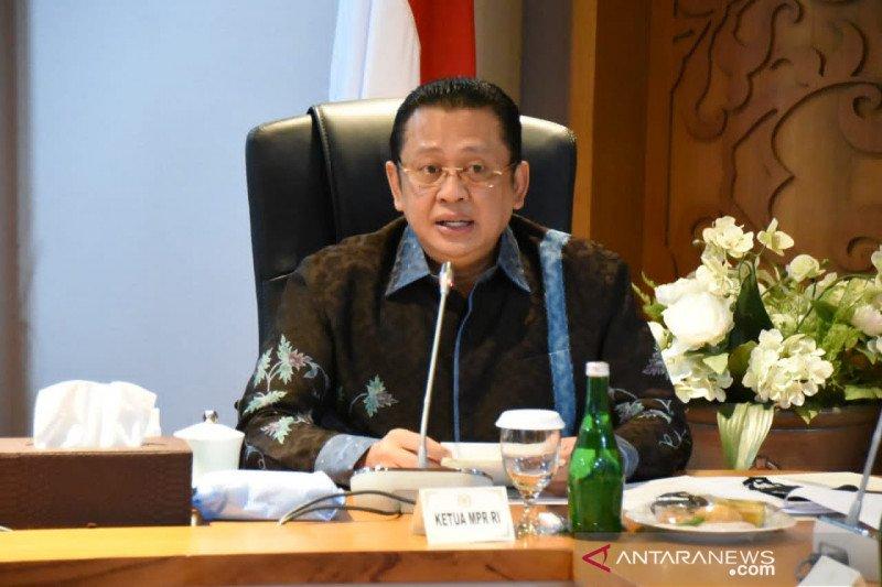 """Ketua MPR dukung Pemprov Jakarta terapkan kebijakan """"rem darurat"""""""
