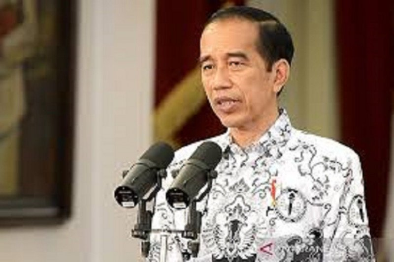 Presiden Jokowi saksikan pengucapan sumpah 7 anggota Komisi Yudisial