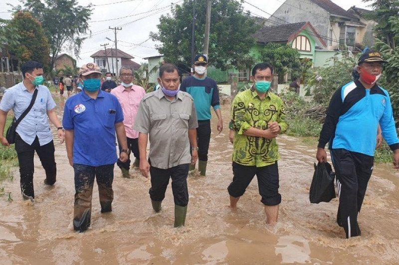 Tiga korban banjir di Deliserdang belum ditemukan