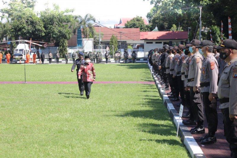 Mendagri pimpin apel pergeseran pasukan pengamanan Pilkada di Sulut