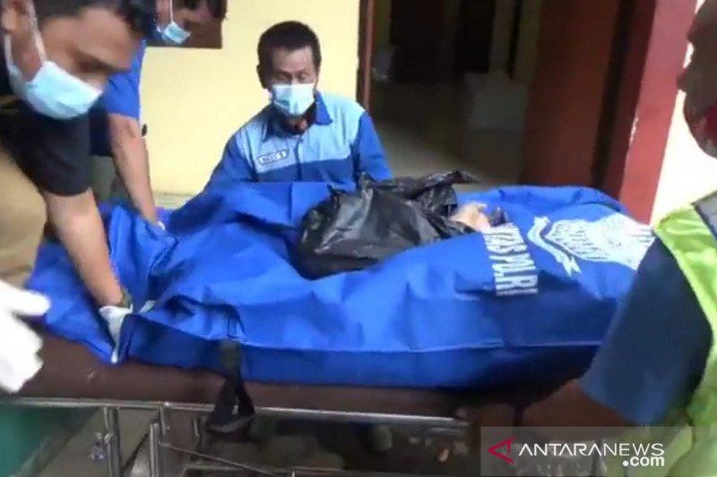 RS Polri periksa jasad korban mutilasi yang ditemukan di Bekasi