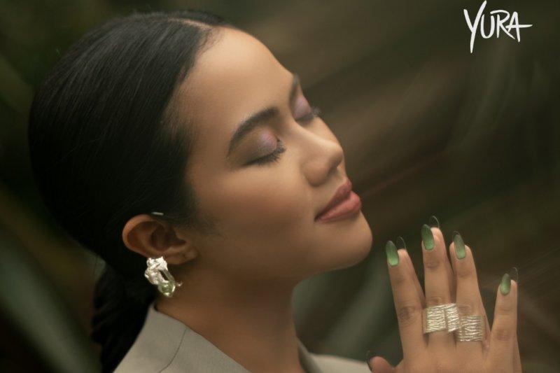 """Yura Yunita ajak Tulus kolaborasi di lagu """"Duhai Sayang"""""""