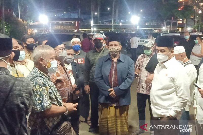 Enam jenazah pengawal Rizieq dishalatkan di Masjid Al Islah Petamburan