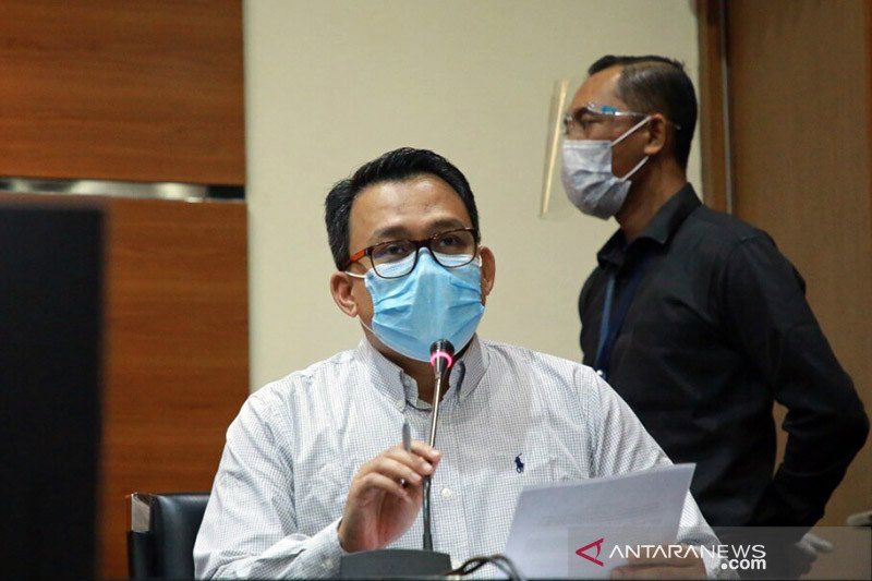 KPK periksa anak Nurdin Abdullah dalami transaksi keuangan