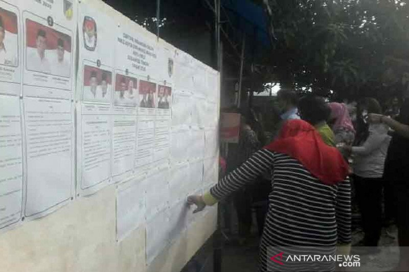 Pilkada di Sulteng, warga Palu antusias ke TPS