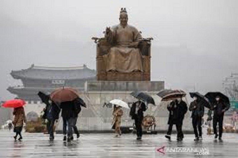 Korea Selatan tutup sekolah seiring lonjakan kasus COVID-19