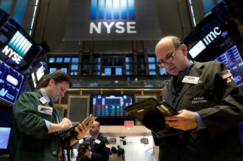Wall Street dibuka merosot setelah klaim pengangguran AS melonjak