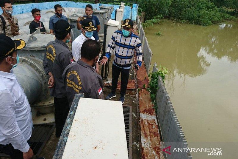 Bupati: Banjir di Sampang akibat pompa air rusak