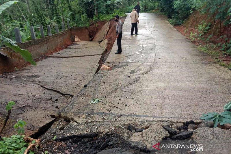 Longsor landa sejumlah desa di Purbalingga Jateng