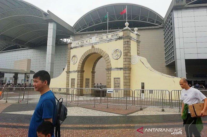Untuk pertama kalinya China rekrut PNS dari Hong Kong dan Makau