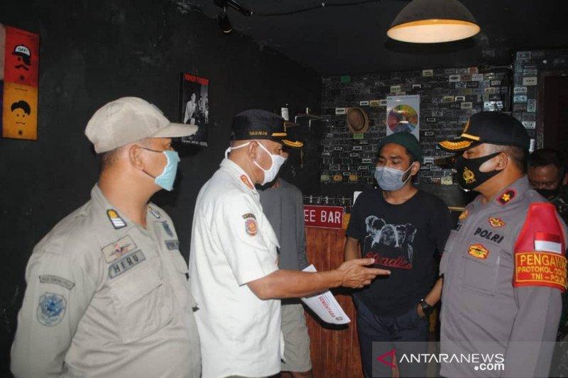 Jakarta sepekan dari tempat hiburan hingga korban kebakaran