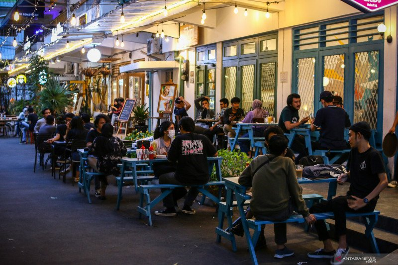 Ini alasan DKI Jakarta izinkan restoran buka sampai 22.30 WIB