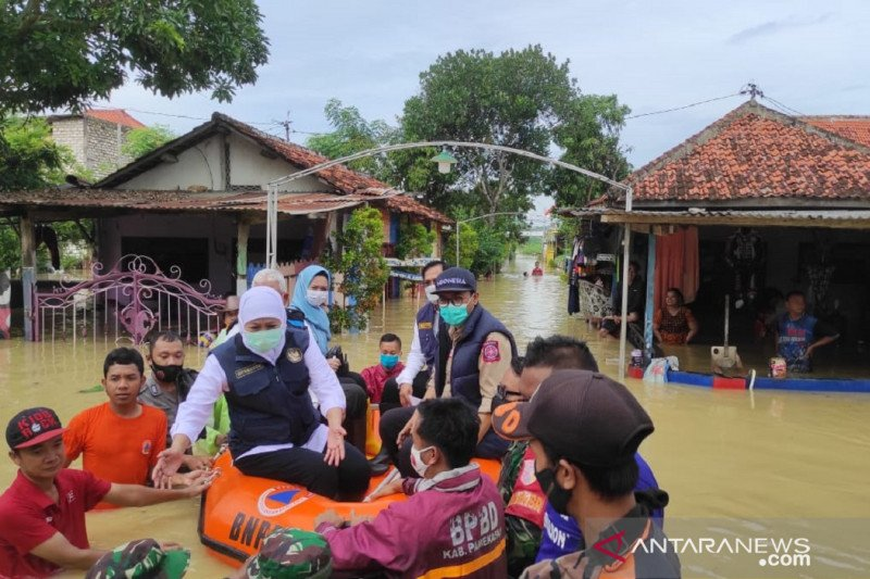 Gubernur Jatim minta penanganan banjir di Pamekasan integratif