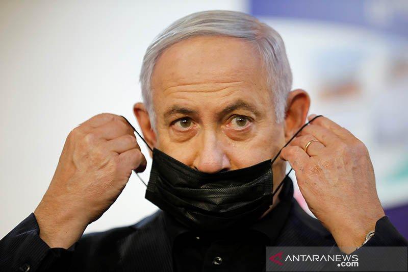 PM Israel Netanyahu hadapi pengadilan hukum, badai politik