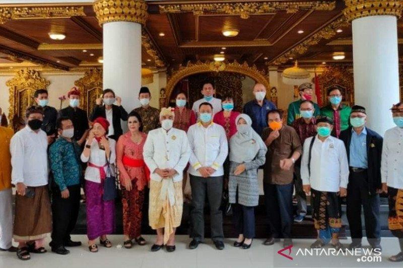 Gubernur NTB silaturahmi dengan FKUB Bali