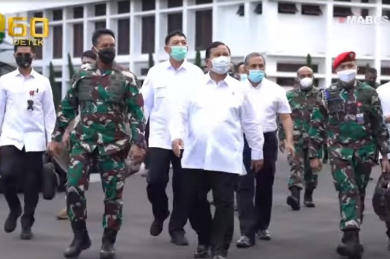 Kunjungi Mabesad, Menhan paparkan revisi doktrin TNI AD