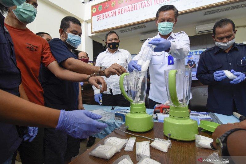 Pemusnahan barang bukti narkotika BNN NTB