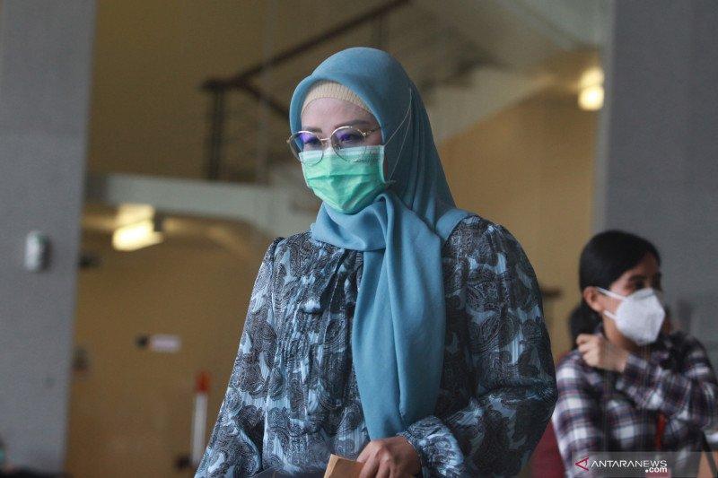 Pemeriksaan Iis Rosita Dewi