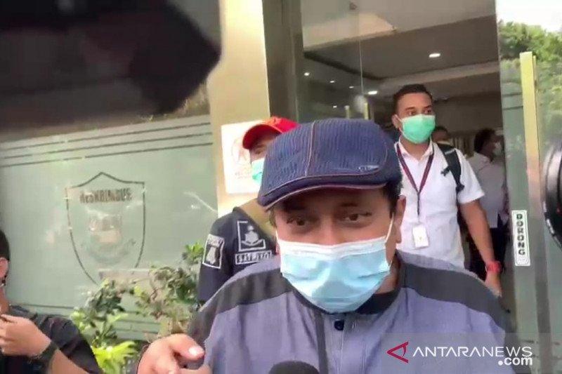Reaktif COVID-19, Polisi tunda pemeriksaan Haikal Hasan