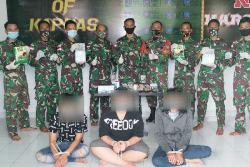 Satgas Pamtas gagalkan penyelundupan 4 kg sabu-sabu asal Malaysia