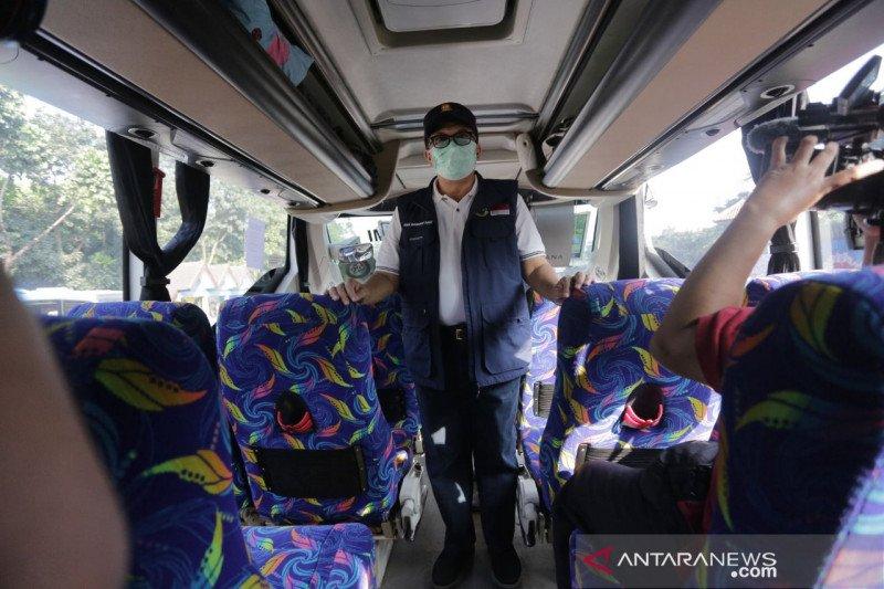 Terminal Leuwipanjang Bandung sediakan 700 tes cepat antigen gratis