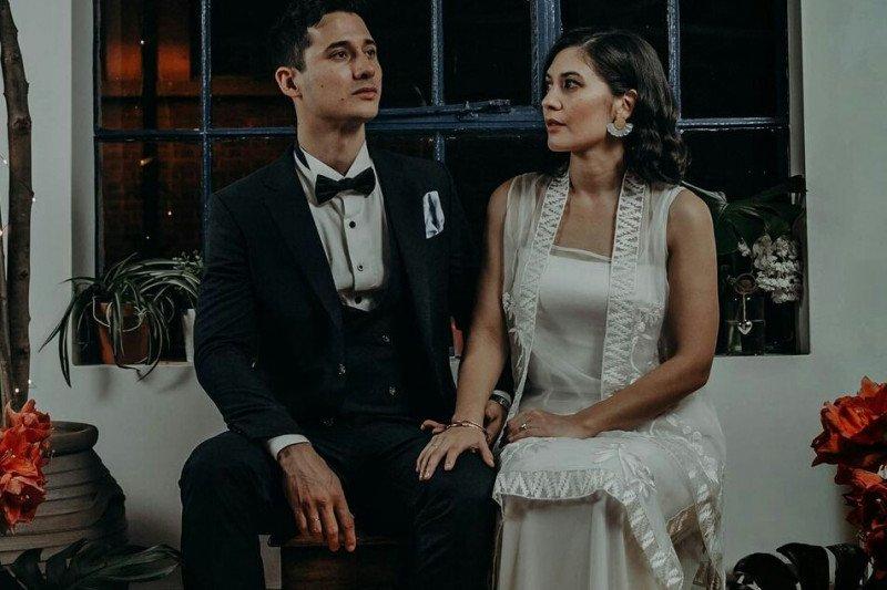 Pamer cincin, Hannah Al Rashid dan Nino Fernandez telah menikah?