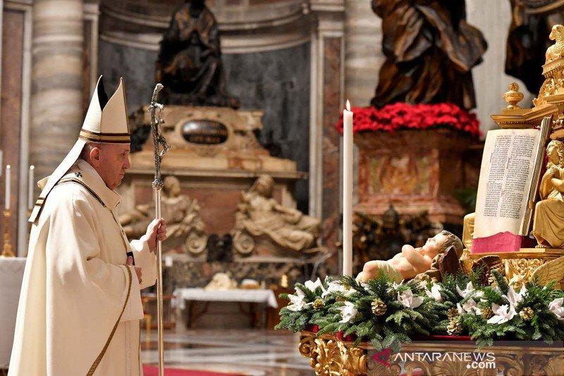Paus Fransiskus memohon diakhirinya pertumpahan darah di Myanmar