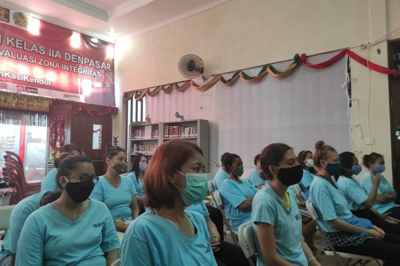 Ratusan narapidana lapas dan rutan di Bali terima remisi Natal 2020