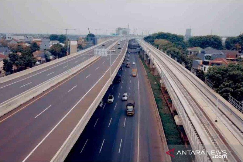 Arah Jakarta lancar, Jasa Marga hentikan contraflow di tol Japek