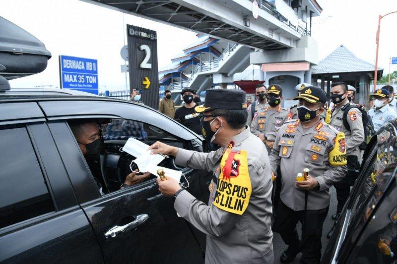 Polisi catat wisatawan keluar-masuk Bali turun 90 persen