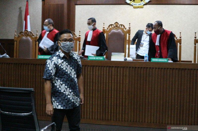 Andi Irfan dituntut 2,5 tahun karena bantu jaksa Pinangki